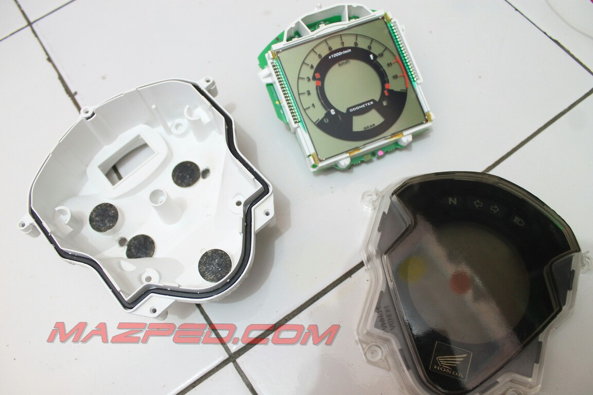 ganti backlight dan pasang voltmeter cs1 mazpedia com rh mazpedia com Honda Shadow Electrical Diagram Honda Shadow Electrical Diagram